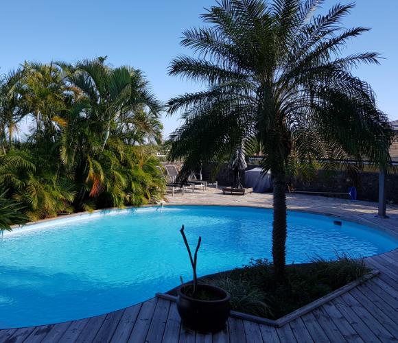 Trés Grande Villa – Saline les bains